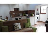One bedroom furnished log cabin in Constantine, winter let