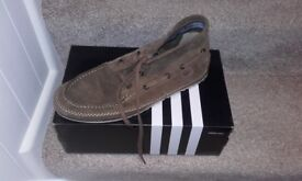 Lacoste booy style shoes,brown suede,size11,ex condition,only £8,local delivery