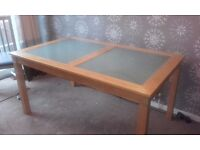 DINING TABLE. excellent condition. see pic. quick sale required, only £15