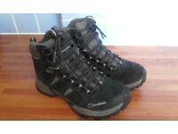 Berghaus ladies walking boots size 5