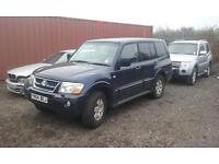 2004 Mitsubishi shogun gls lwb autojeep is in good conditions inside and out £1075 ono