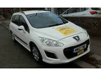 Manchester and rossendale plated taxis for hire