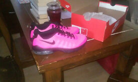 Ladies Size 5 Nike Running Trainers- were £48, Brand new in Box- Sell for £30 quick sale