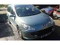 2006 Peugeot 307 SW estate facelift 1.6 HDi 90 S EZSD green BREAKING FOR SPARES