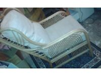 sofa and 2 armchairs sale ASAP ONLY THIS WEEKEND