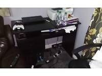 Black Computer Table With Key Board/Mouse Slide Out Tray