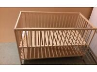 Baby wooden bed
