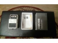 Boss pedal in very good condition, this suppressor pedal for guitar is ideal for home use and giging
