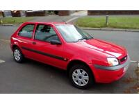 Ford Fiesta 1.3 red ideal first car £695