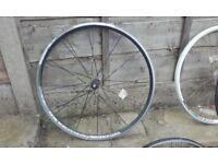 700c front bike wheel road hybrid tourer 29er Vuelta