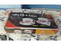 cups & saucer - 12 piece t-set