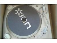 Usb turntable ex condition.