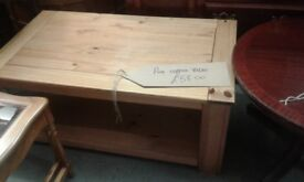 PINE COFFEE TABLE GREAT CONDITION £58.00