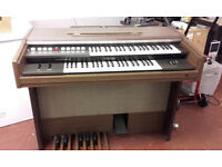 Electric Yamaha Organ