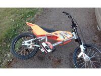 KIDS MXR 450 BIKE, 16 INCH WHEELS, SPARES OR REPAIR