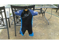 Wetsuit Junior Age 7 to 8 Size 3
