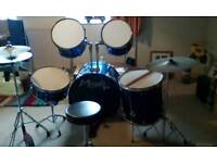 Nevada pro 5 piece drum kit with stool and 2 cymbal