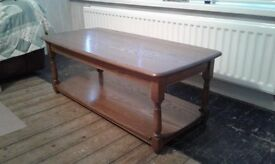Oak Coffee Table, Excellent Condition