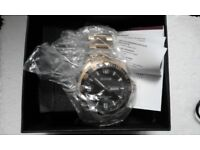 Accurist gold watch (new)