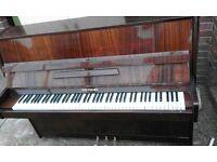 Niendorf upright piano