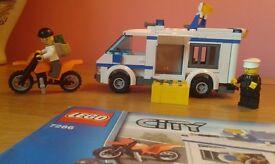 Lego City Prisoner Transporter. Excellent condition. Complete.