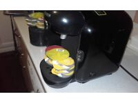 bosch tassimo for sale with 6 pods and cleaning disc see phots