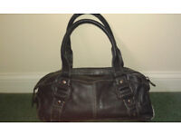 Mid/Dark Blue Leather Handbag in Excellent Condition