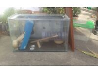 Reptile tank/hamster cage and accessories