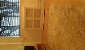 1 bedroom flat to let long or short let.