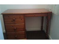 Solid pine desk with drawers (compact size)