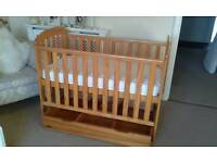 BEAUTIFUL BABY WEAVERS COT PLUS DRAW UNDER COT EXCELLENT CONDITION UNUSED MATTRESS