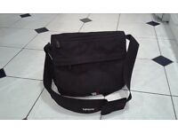 BabaBing! Daytripper Deluxe Changing Bag (BLACK)