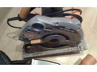**EVOLUTION RAGE**RAGE B**240V**185mm**MULTI-PURPOSE CIRCULAR SAW**HARDLY USED**WORKS PERFECTLY**