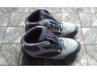 workman or hiking boots size 7.5 adult
