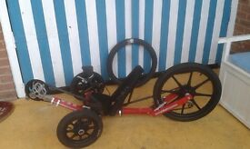 KMX STUNT TRIKE BIKE RECUMBENT STYLE GREAT CONDITION