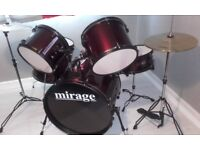 Full size drumkit excellent conditiom only used a few times bought at xmas but no interest in it