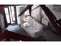 2 bed unfurnished cottage to let
