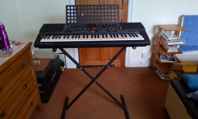 Yamaha PSR 84 Keyboard for sale in excellent condition  | in Swansea |  Gumtree