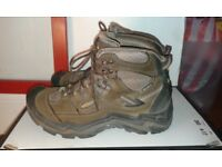 KEEN walking hiking waterproof boots UK6.5 EU39.5, great boots!