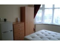 "DOUBLE ROOM ""OSMASTON ROAD LE5 5JF, NEAR CITY CENTRE £320PM/£150 DEPOSIT FOR F/T EMPLOYED ONLY"