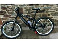Saracen blitz bicycle