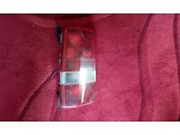 Land rover discovery 1 rear light cluster non indicator near side can post