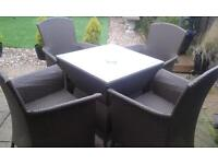 ratten patio set