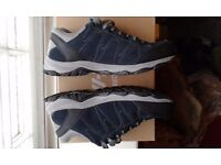 Mens Hi-Tec Hiking/Trail Trainer Size 12, Boxed, £20
