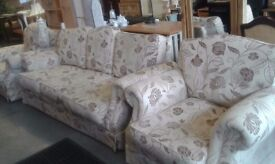 3 PIECE SUITE 3 SEATER SOFA AND 2 ARMCHAIRS £99.00