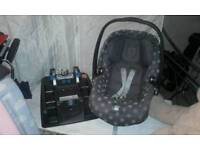 Baby car seat and detachable stand