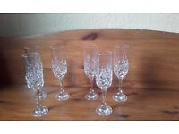 CRYSTAL CUT CHAMPAYNE (FLUTES) GLASSES SET OF 6 IN MINK CONDITION LOVELY CUT DESIGN