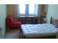 Double room Dumbarton Rd/Thornwood roundabout £370pm all bills inc.