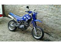 YAMAHA XT600 SUPER MOTO
