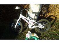 Saracen Bella 16 Inch girls bike